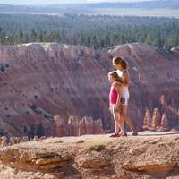 Quinty en Noa at Bryce Point.