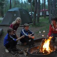 Kampvuur op Madison Campground, Yellowstone NP