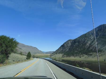 Hwy_97_towards_Osoyoos.jpeg